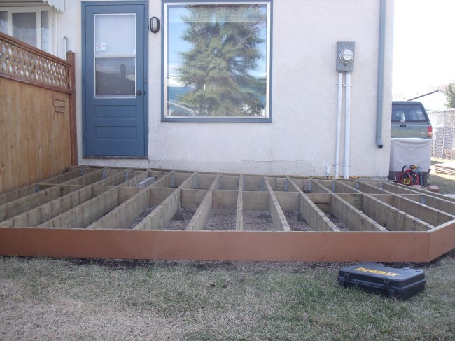 DIY Customer Builds Low Deck Like a Pro on Postech Screw Piles
